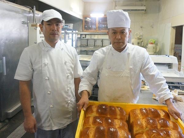 20160307-s-juraku_bakery_stuff.jpg